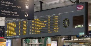 Affichage consignes en gare