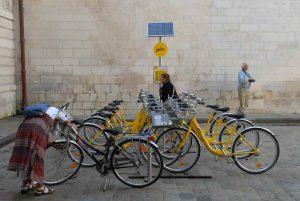 Les vélos en libre service Yélo de La Rochelle