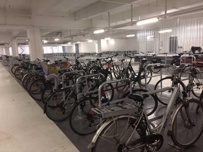 La parking vélo souterrain de la gare, une des solutions sécurisées pour garer son vélo à Rennes