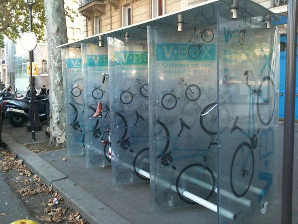 Les boites à vélo parisiennes sous forme de casier