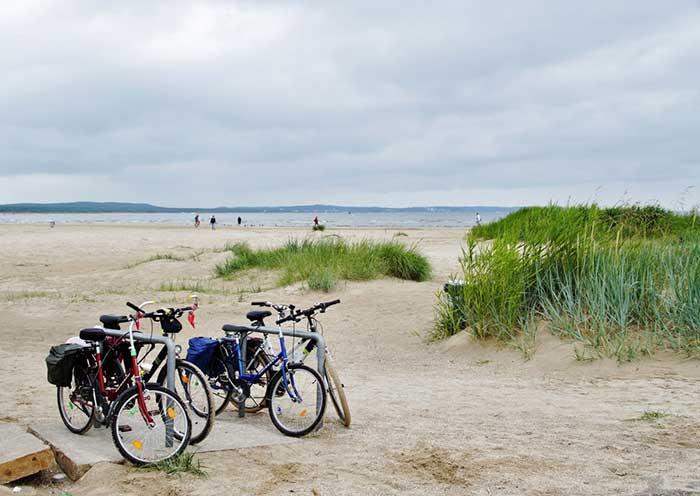 Des arceaux vélos à la plage